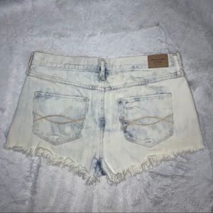 Abercrombie & Fitch Shorts - abercrombie & fitch high waisted shorts